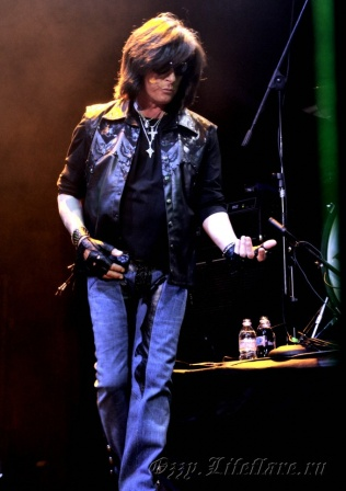 Over The Rainbow (Joe Lynn Turner) 3