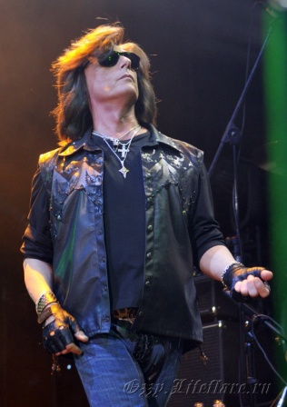 Over The Rainbow (Joe Lynn Turner) 0