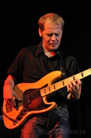 Modern Blues Band 19