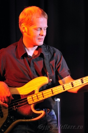 Modern Blues Band 15