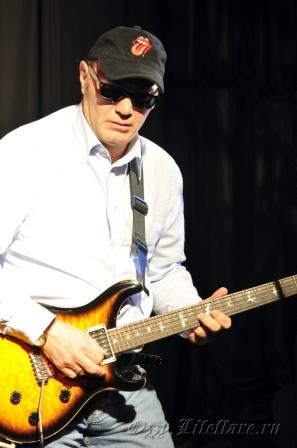 Modern Blues Band 17